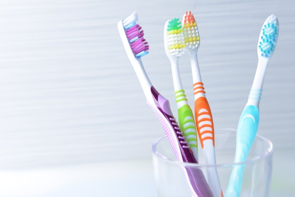 Best Tips To Clean Your Toothbrush
